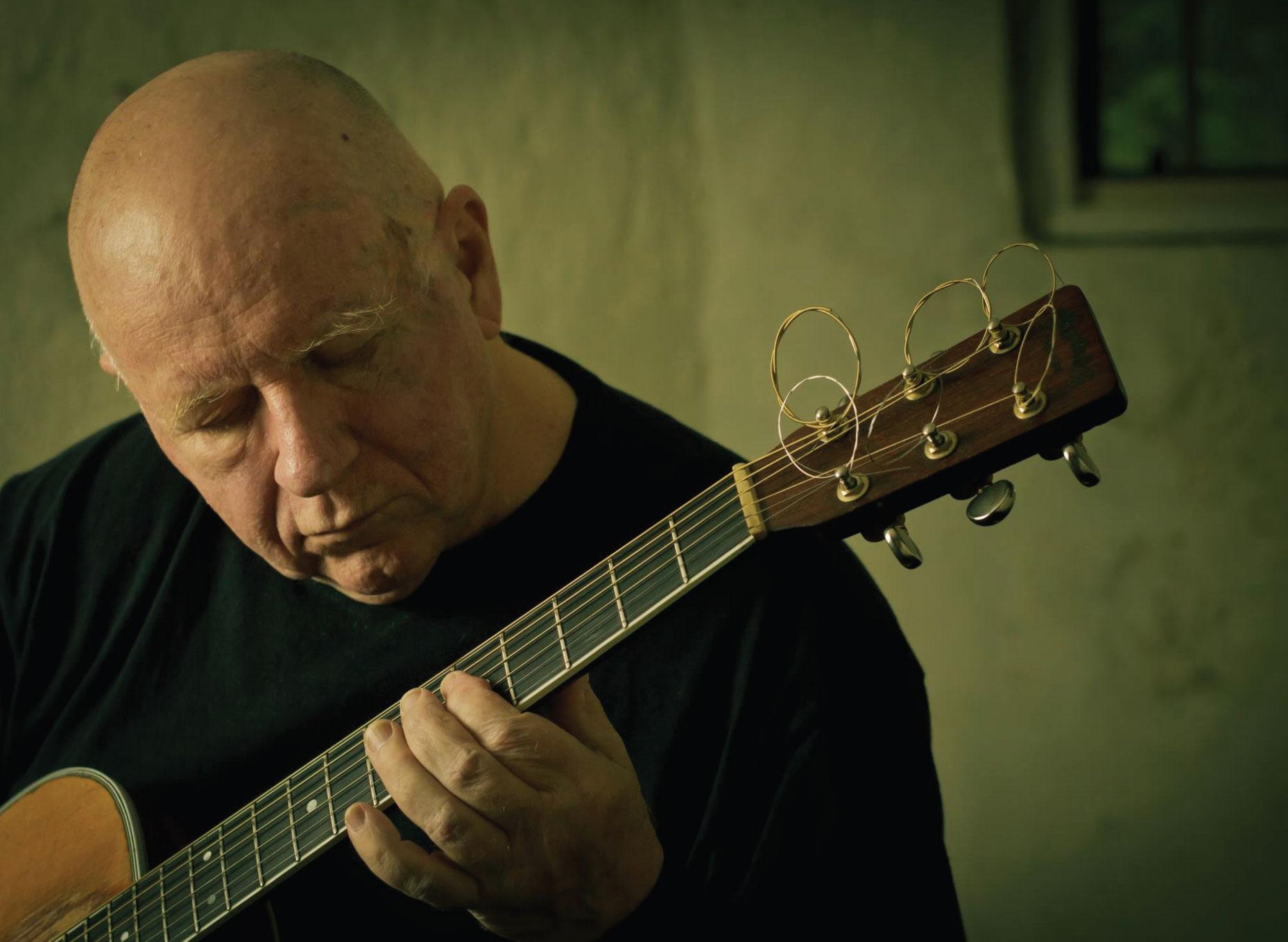 michael-guitar
